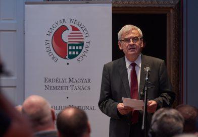 Romániai elnökválasztás – A szavazólap érvénytelenítésére biztatja szimpatizánsait Tőkés László