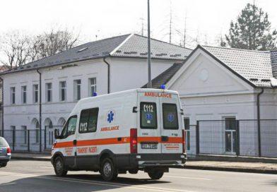 Románia ünnepel: éhen halt egy kisgyerek, akit a külföldön dolgozó anyja hagyott itthon