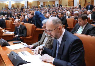 Az RMDSZ minden képviselője aláírta már a bizalmatlansági indítványt