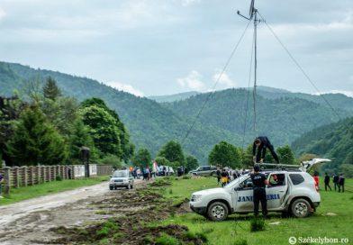 Betörték a kaput, beözönlöttek a románok az Úz-völgyi temetőbe