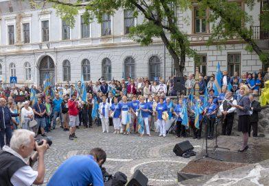 """Tüntetés Székelyudvarhelyen – Csomortányi István: """"Erős önkormányzatokra van szükség!"""""""
