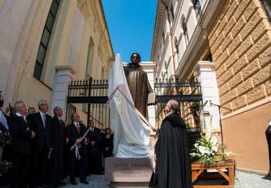 Dávid Ferenc püspök szobrának felavatása