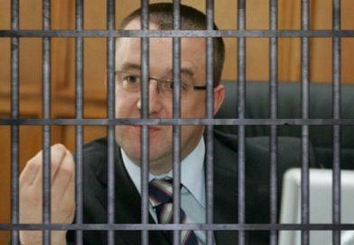 Akasztják a hóhért: újabb korrupciós perbe fogják a volt ANAF-vezért és két jó pajtását