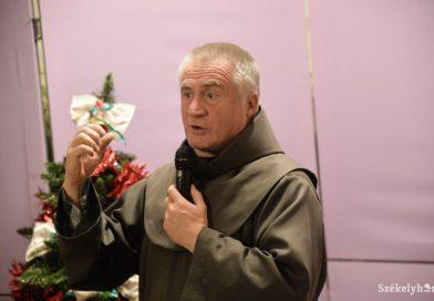 Böjte Csaba kapta a Makovecz Imre-díjat