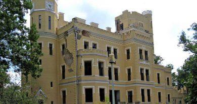Nem kell a bályoki Károlyi kastély Pásztoréknak, PSD-s kézre került