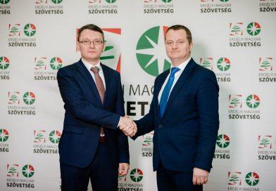 Létrejött az Erdélyi Magyar Szövetség és döntöttek a pártfúzióról