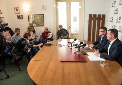 Marosvásárhely – Megvan a magyar egység: az Erdélyi Magyar Szövetség is Soós Zoltánt támogatja